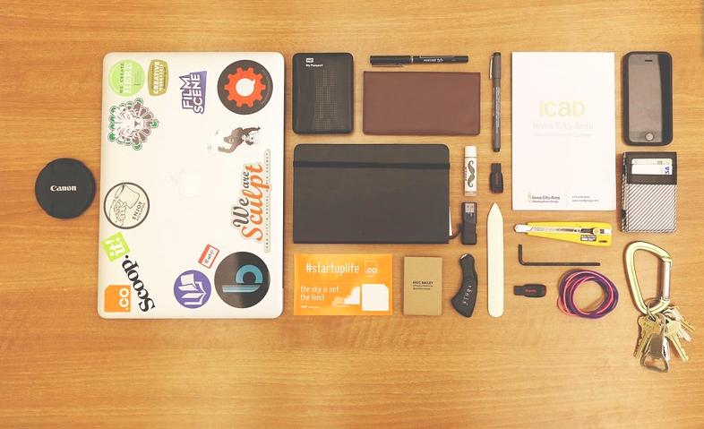 best_travel_accessories